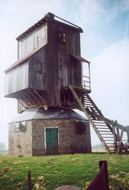 De ruïne van de molen na de storm in 1976