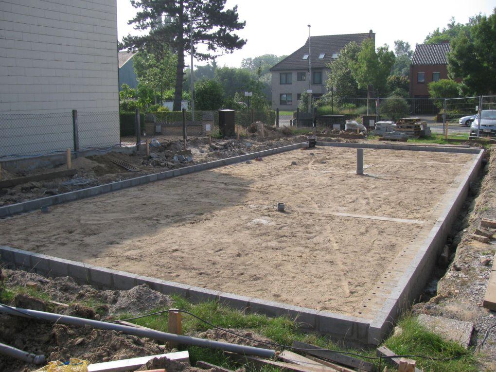 Funderingsmetselwerk doehetbeterzelf for Zelf zwembad bouwen betonblokken