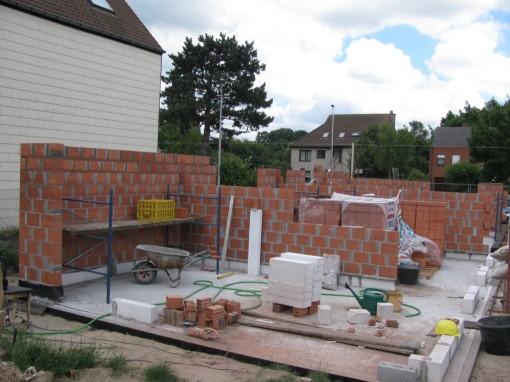 Voor de linkse muur moet ik de volgende dagen mijn balken al verleggen naar het hoogste niveau op de stelling :-)