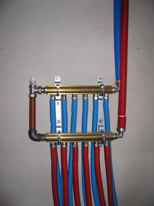 Alle radiatorbuizen aangesloten...